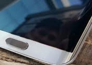 سامسونج تتطلع للتخلص التدريجي من مستشعر البصمة في هواتفها الذكية