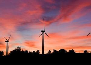 إسبانيا تخطو خطوات كبيرة باتجاه استخدام الطاقة المتجددة بنسبة 100%